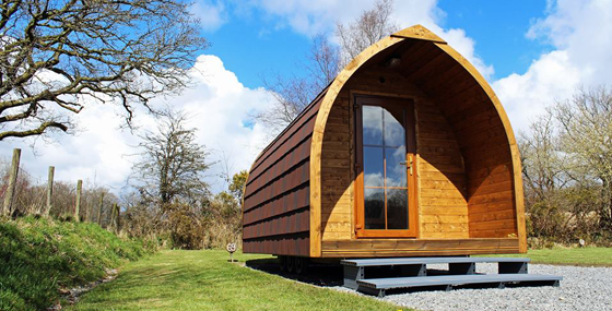 Glamping Log Pods